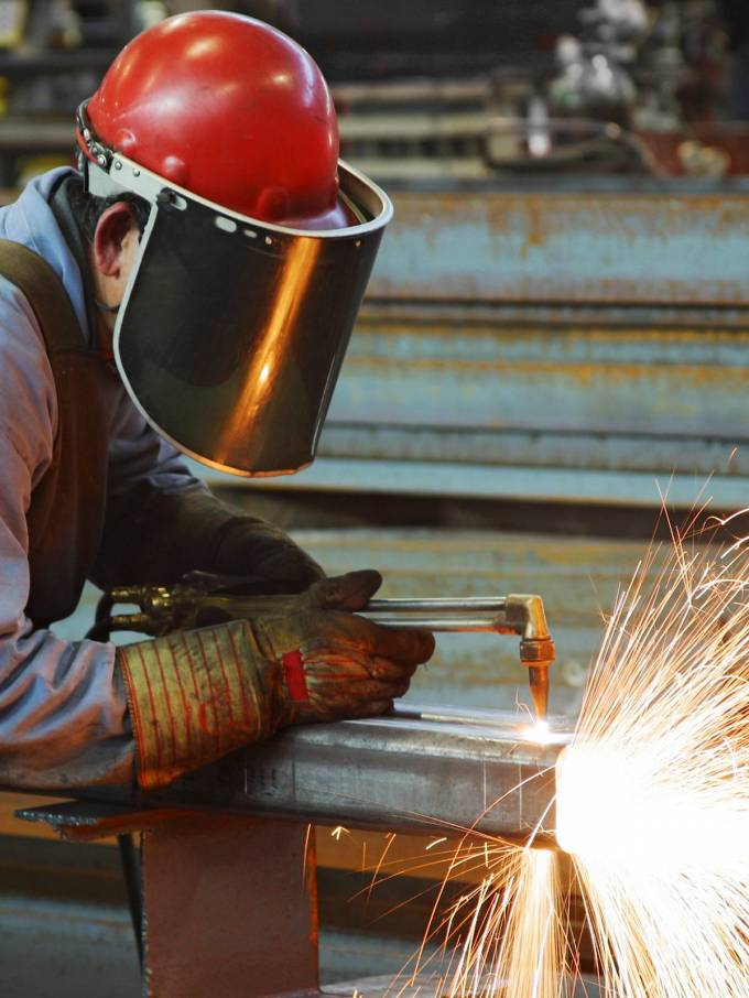 Welding protective clothing and it's distinct features