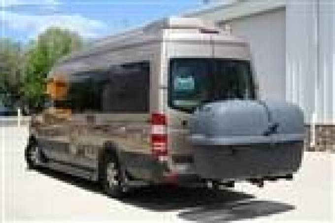 RV Cargo Carriers: Find the Best Model for Your Vehicle